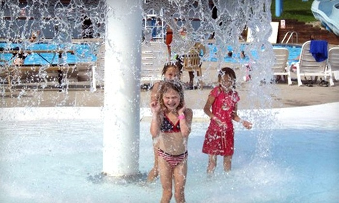 Harbour Village Resort - Sturgeon Bay: $15 for Two Water-Park Passes, Use of Toys, and Drinks at Harbour Village Resort ($34 Value)