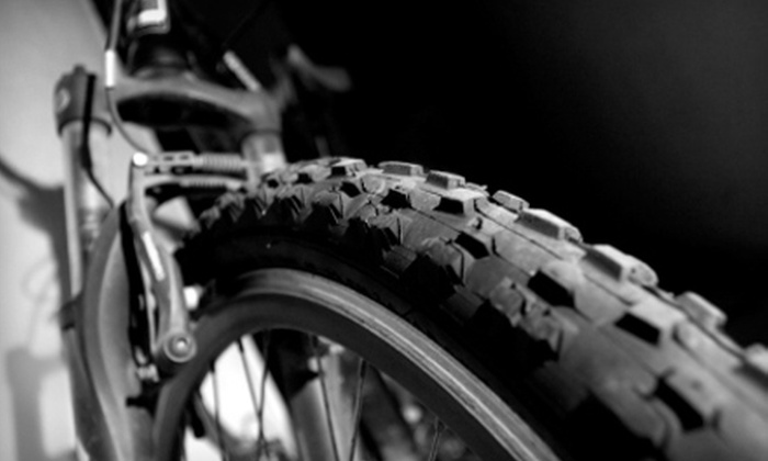 Greenway Bicycles - Orlando: $15 for Basic Bike Tune-Up at Greenway Bicycles