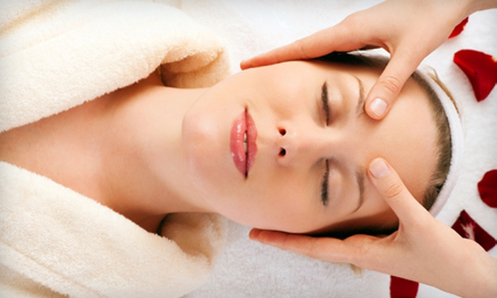 Gloria Edlam at Studio Fringe - Studio Fringe: $40 for Microdermabrasion with Enzyme and Hydrating Mask or Mild Chemical Peel from Gloria Edlam at Studio Fringe (Up to $105 Value)