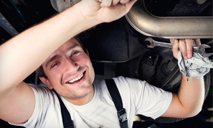 Auto-Lab - Southside: $15 for Oil Change and Tire Rotation at Auto-Lab ($49.14 Value)