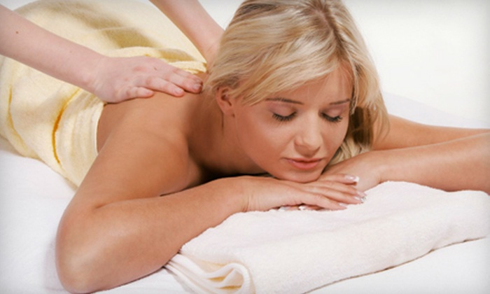 Atlantis Beauty Spa - Ottawa: $59 for Spa Package with Candlelight Massage, Perk-Me-Up Facial, and Hand Treatment at Atlantis Beauty Spa ($124 Value)