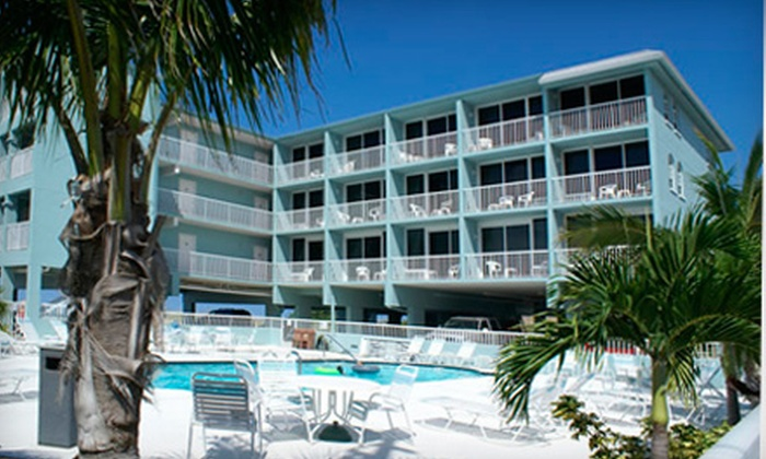 Barefoot Beach Hotel - Tampa Bay Area: Two-Night Stay for Two People in a Poolside or Beachfront Studio Suite at Barefoot Beach Hotel in Madeira Beach