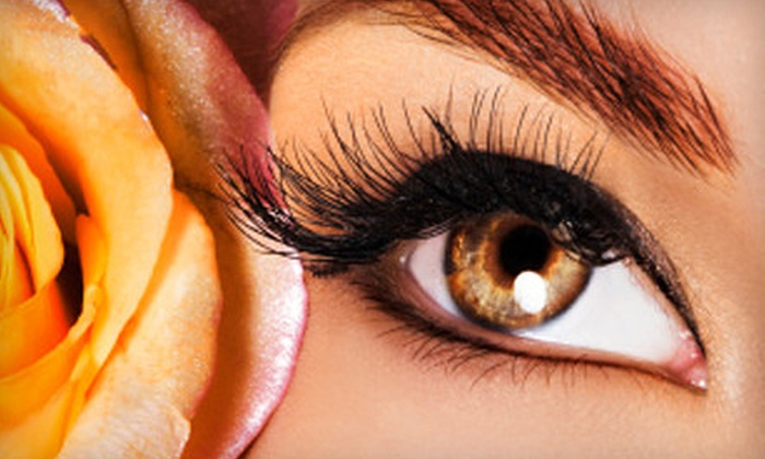 Salon Italiano - Amarillo: $99 for Eyelash Extensions at Salon Italiano ($250 Value)