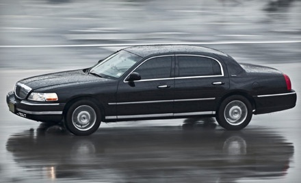 1-Way Airport Transportation in a Lincoln Town Car Between Dec. 7 - Jan. 1 - Denver Lincoln Limousine in