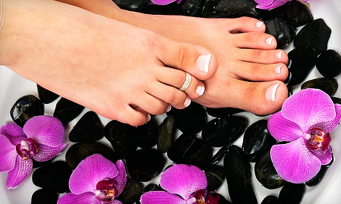 Salon Entré Nous - Fayville: 90-Minute Hot-Stone Mani-Pedi or 150-Minute Hot-Stone Mani-Pedi and Facial Package at Salon Entré Nous in Southborough