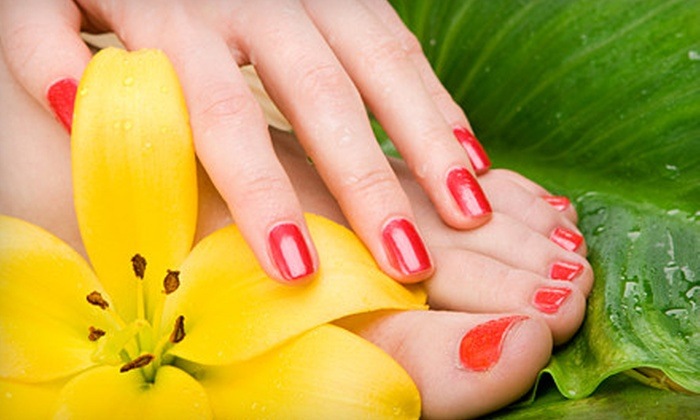 O'Nit Nail Spa & Louge - Stanford Crossing: Signature Royal Pedicure or One or Three Mani-Pedis at O'Nit Nail Spa & Lounge in Roseville (Up to 54% Off)