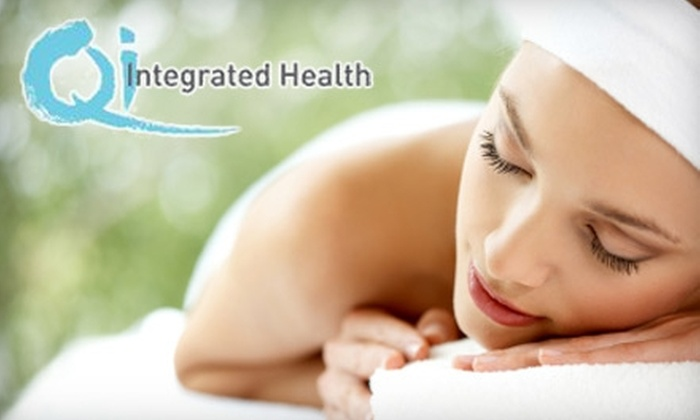 Qi Integrated Health - Kitsilano: $44 for a One-Hour Massage Treatment at Qi Integrated Health ($90 Value)