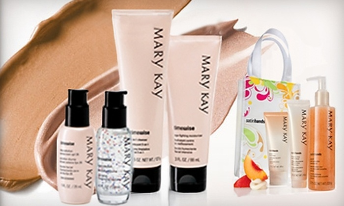 Mary Kay Independent Consultant Carolyn Long: $15 for $30 Worth of Cosmetics Plus a Facial, Makeover, and Gift Bag from Mary Kay Independent Consultant Carolyn Long