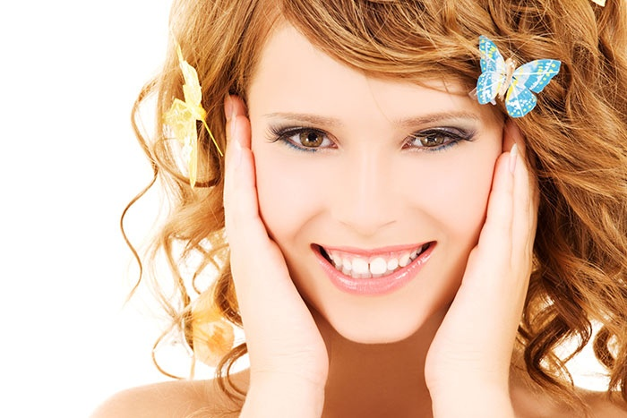 Bombshells Salon and Spa - Suffolk: $40 for a One-Hour Deep-Cleansing Facial and Revitalizing Eye Treatment at Bombshells Salon and Spa in Suffolk ($80 Value)