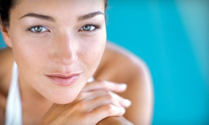 Safié Salon & Day Spa - Massapequa: $35 for an Organic Facial at Safié Salon & Day Spa in Massapequa ($75 Value)