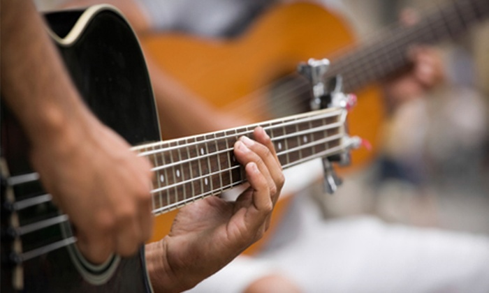 Grand River Music - Eastown: $39 for Four One-Hour Group Guitar Lessons at Grand River Music ($99 Value)