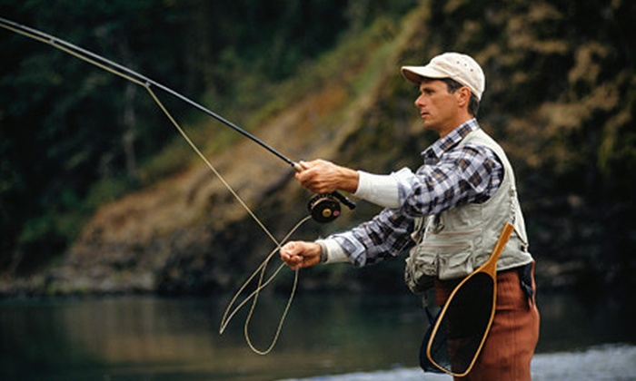 Lindsey's Resort - Tuckerman: $159 for a Two-Night Fishing Getaway for Two at Lindsey's Resort in Heber Springs ($352 Value)