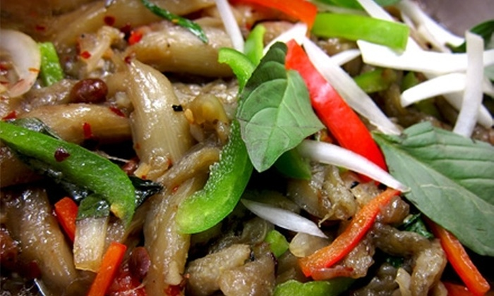 Thai Pepper - Mid City South: $8 for $16 Worth of Dinner Fare at Thai Pepper