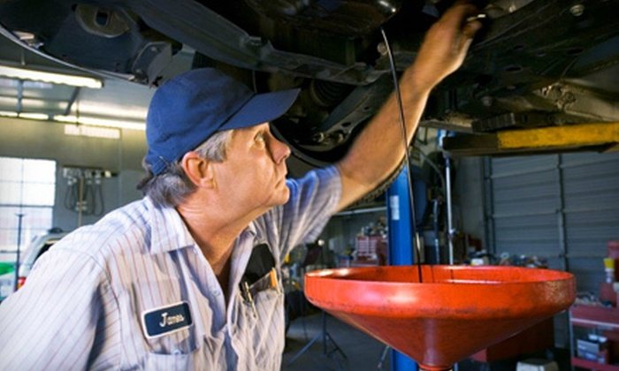 All Tune and Lube  - Paulana East: $34 for an Oil-Change Package with a Tire Rotation and Wipers at All Tune and Lube in Melbourne (Up to $100.80 Value)