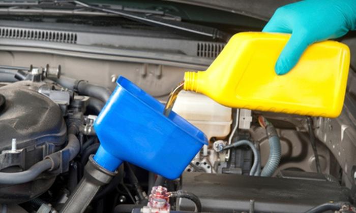 Bob Sumerel Tire & Service - Zanesville: $19 for a Full-Service Oil Change and Tire Rotation at Bob Sumerel Tire & Service in Zanesville ($55.95 Value)
