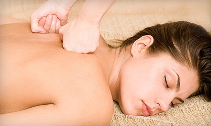 Tidewater Chiropractic - Downtown: $25 for a One-Hour Massage at Tidewater Chiropractic in Hampton ($50 value)