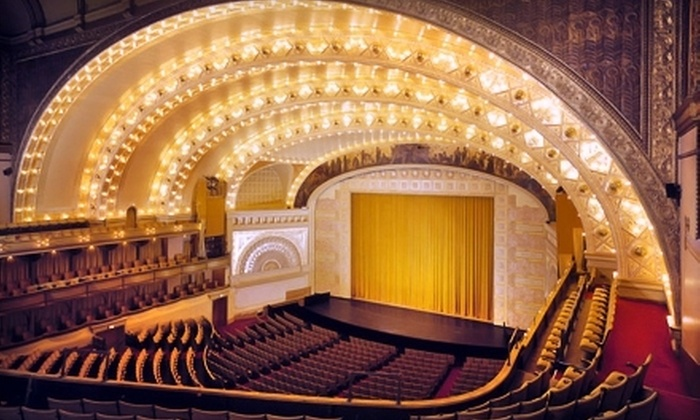 Chicago Bluegrass & Blues Festival - South Loop: $25 for Outing to Chicago Bluegrass & Blues Festival at Auditorium Theater of Roosevelt University on January 21 ($59.50 Value)