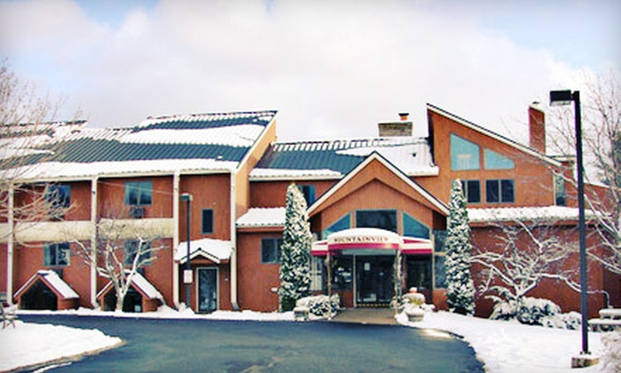 Mendon Mountainview Lodge - Killington: Two-Night Stay for Two Sunday–Wednesday or Thursday–Saturday at Mendon Mountainview Lodge in Killington (Up to Half Off)