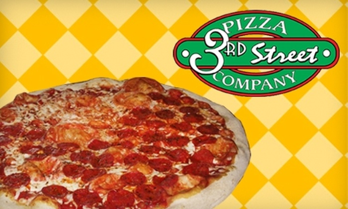 3rd Street Pizza Company - McMinnville: $18 for Two Movie Tickets, Two Drinks, and Pizza at 3rd Street Pizza Company in McMinnville