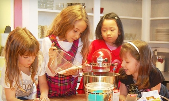 The Kids Cooking Corner - Walnut Grove: $18 for One Kids' Cooking Class at the Kids Cooking Corner in Vancouver ($37 value)