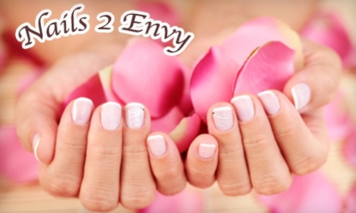 Nails 2 Envy - Eastside: $15 for a 14-Day Manicure at Nails 2 Envy ($35 Value)