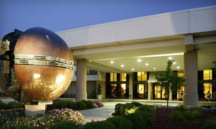 The MET Troy - Northfield: $42 for One-Night's Stay and Breakfast at MET Troy ($113.26 Value)