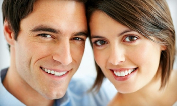 Artistic Dentistry - Saint Louis: $89 for Dental Exam, X-rays, Cleaning, and Customized Whitening Kit at Artistic Dentistry ($537 Value)
