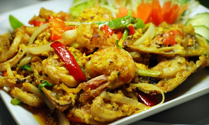 Sawaddee Bistro - Central Business District: Thai Cuisine for Lunch or Thai Dinner for Two or Four People at Sawaddee Bistro