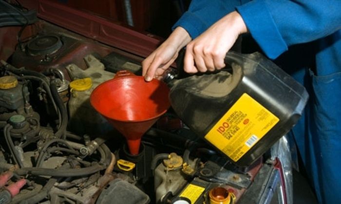 Showcase Honda - Camelback East: $35 for an Oil Change Inspection Package at Showcase Honda (Up to $85 Value)