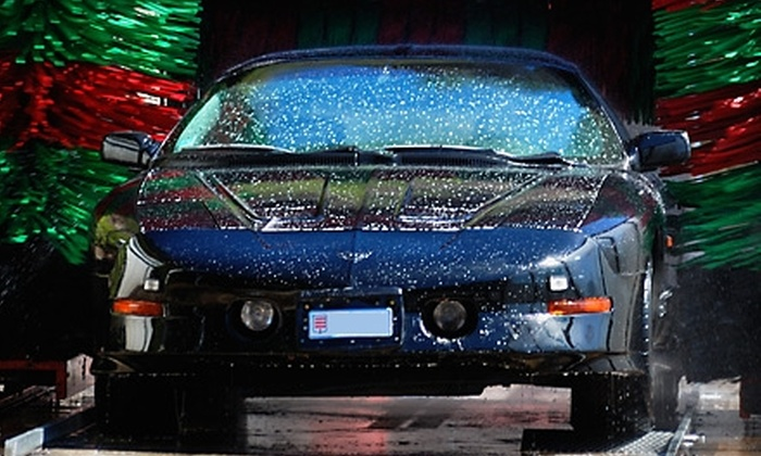 Road Runner Auto Wash - Littleton: $15 for Three Ultimate Plus Washes at Road Runner Auto Wash in Littleton ($36 Value)