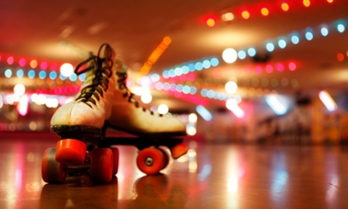 Skate Zone Fun Center - Austintown: $25 for a Family-Fun Pack for Four at Skate Zone Fun Center (Up to $141.49 Value)