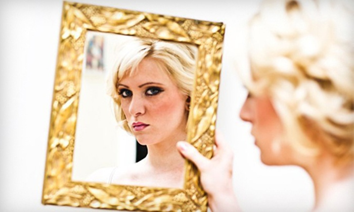 Dina's Kiss and Makeup - Downtown,Meat Packing District,Newport,Pavonia,The Waterfront,Tribeca: $55 for a Vintage Glamour, Natural Look, Smokey Eyes, or Teen Makeup Seminar and a $25 Credit at Dina's Kiss and Makeup ($225 Value)