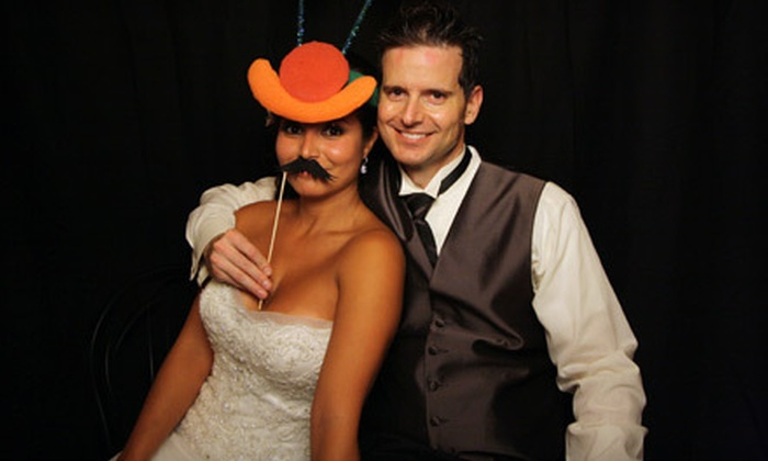 Big Nite Entertainment - Riverside: $425 for a 3.5-Hour Photo-Booth Rental from Big Nite Entertainment ($1,000 Value)