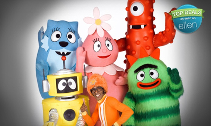 """Yo Gabba Gabba! Live! It's Time to Dance!"" - University: $19 for One Ticket to ""Yo Gabba Gabba! Live! It's Time to Dance!"" on November 9 at 3 p.m. or 6 p.m. (Up to $40 Value)"