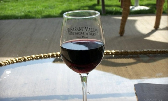 Pheasant Valley Winery - Hood River: Tasting Tour at Pheasant Valley Winery in Hood River. Two Options Available.