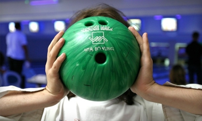 Country Club Bowl - San Rafael: $25 for One Bowling Game for Four Players, Four Shoe Rentals, and Two Pitchers of Soda at Country Club Bowl in San Rafael (Up to $54 Value)