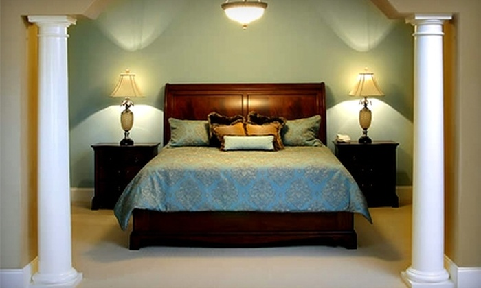 Inn at USC - Columbia: $94 for King Suite and Breakfast at the Inn at USC (Up to $189 Value)