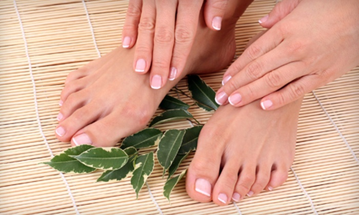 Salon Palomo - South Side: $30 for a Deluxe Mani-Pedi at Salon Palomo ($70 Value)