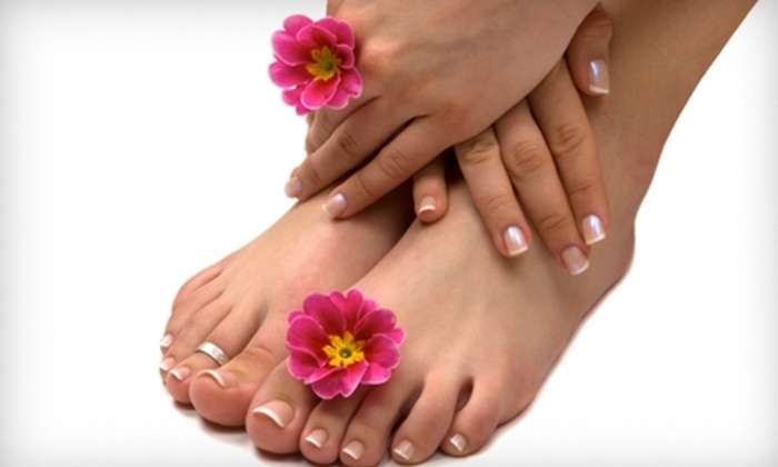 Rockzorz Salon & Spa - Warwick: Salon and Spa Packages at Rockzorz Salon & Spa in Joliet. Two Options Available.