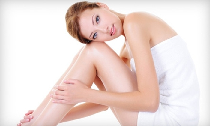 Eterna MedSpa & Laser Vein Center - Shorewood: $35 for Skin Consultation & Dermaplaning at Eterna MedSpa & Laser Vein Center in Shorewood ($100 Value)
