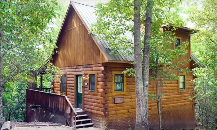 Mountain Vista Log Cabins - Bryson City, NC: Three- or Four-Night Stay for Four in a Log Cabin at Mountain Vista Log Cabins in Bryson City, North Carolina
