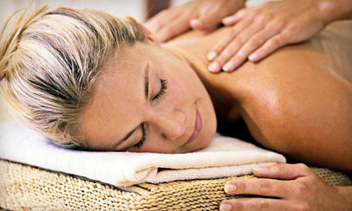 Desert Palms Alternative Health - Citrus Heights: $45 for a 90-Minute Deep-Tissue or Swedish Massage at Desert Palms Alternative Health in Fair Oaks ($90 Value)