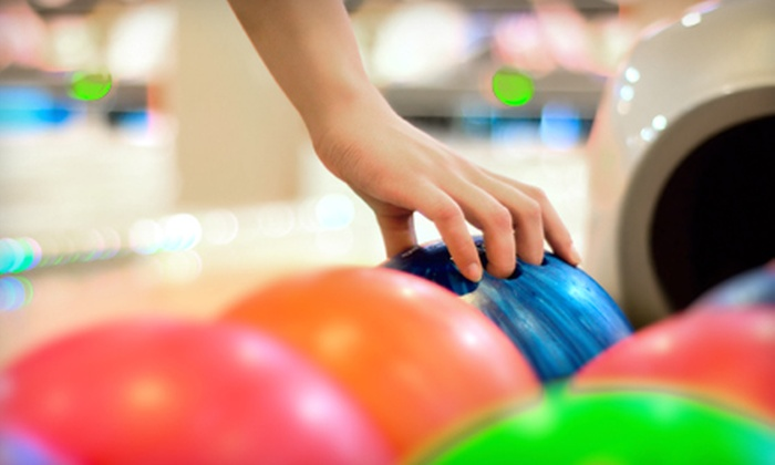 Cherry Hill Lanes North - Clarkston: $12 for a Bowling Outing for Two with Fountain Drinks at Cherry Hill Lanes North in Clarkston (Up to $28.60 Value)