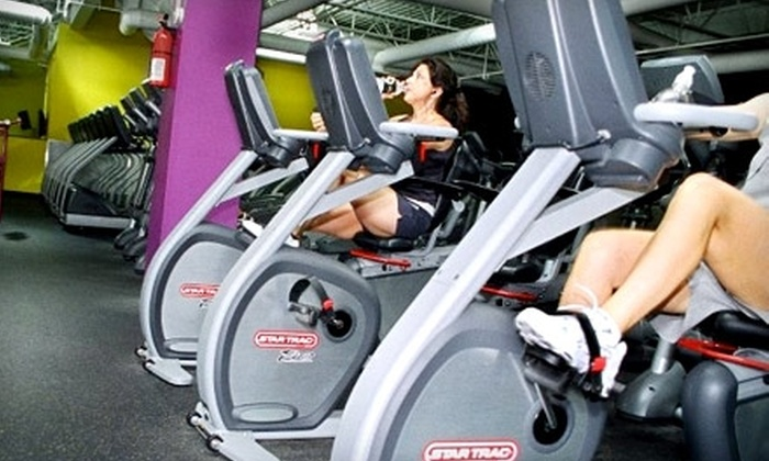 Planet Fitness - Richmond: $30 for Three-Month Membership at Planet Fitness ($59.97 Value)