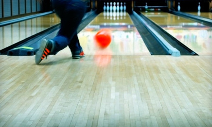 Crest Bowl - Florissant: $19 for 10 Games of Bowling with Shoe Rentals at Crest Bowl in Florissant (Up to $74.50 Value)