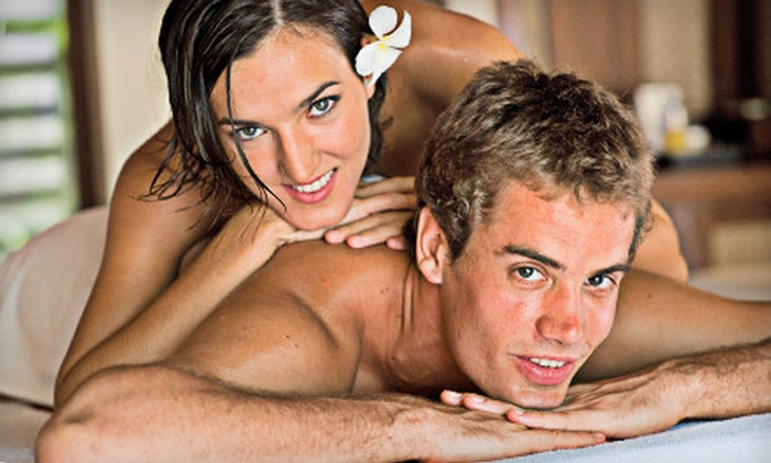 Complete Wellness - West Lake Hills: $69 for a 60-Minute Couples Massage at Complete Wellness ($140 Value)