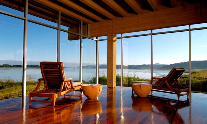 Salishan Spa & Golf Resort - Lincoln City: One-Night Stay for 2 or One-Night Stay for 20 in 10 Rooms and Meeting-Room Rental at Salishan Spa & Golf Resort in Oregon
