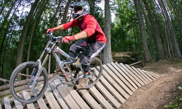 Wolf's Den Lodge - Fernie: $85 for a One-Night Stay for a Family of Up to Four and Mountain-Biking Pass at Wolf's Den Lodge in Fernie (Up to $175.95 Value)
