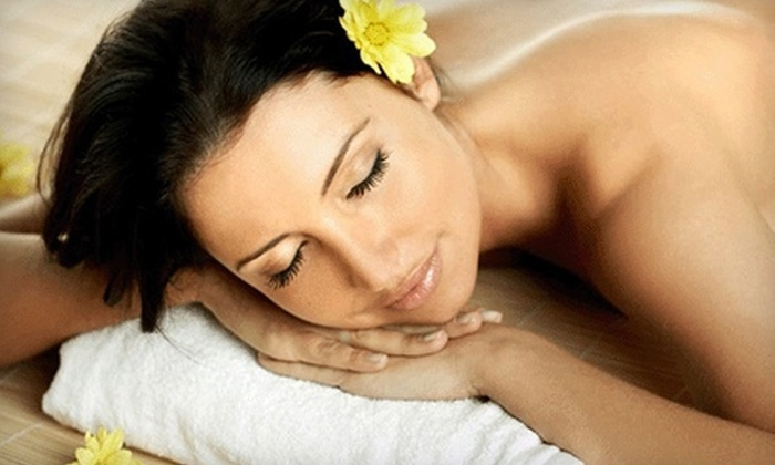 Browtique and Body Lounge - Pacific: $40 for a One-Hour Massage and Sugar Scrub at Browtique and Body Lounge ($80 Value)