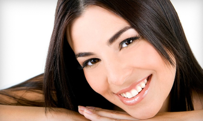 DaVinci Teeth Whitening Systems - Southeast: $99 for a 60-Minute In-Office Teeth-Whitening Session at DaVinci Teeth Whitening Systems ($447 Value)